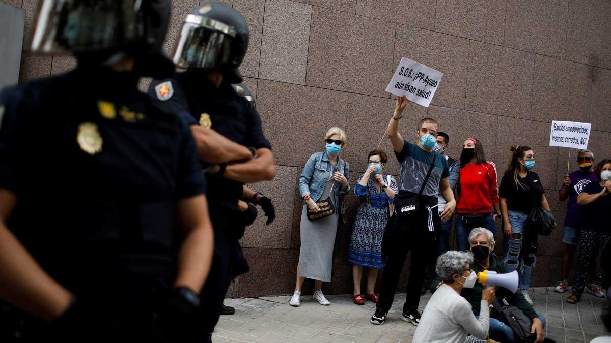 Manifestación 'Por la dignidad del sur paramos Madrid' en Vallecas..