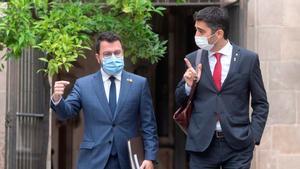 Pere Aragonès y Jordi Puigneró, a su llegada a la reunión semanal del Govern.