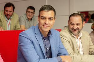 Pedro Sánchez y José Luis Ábalos, este sábado en la sede del PSOE.