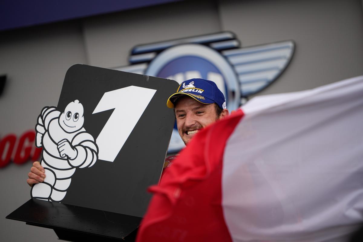 Jack Miller (Ducati) disfruta su victoria en Le Mans.