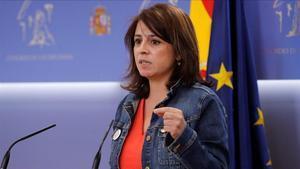 La portavoz parlamentaria del PSOE, Adriana Lastra.