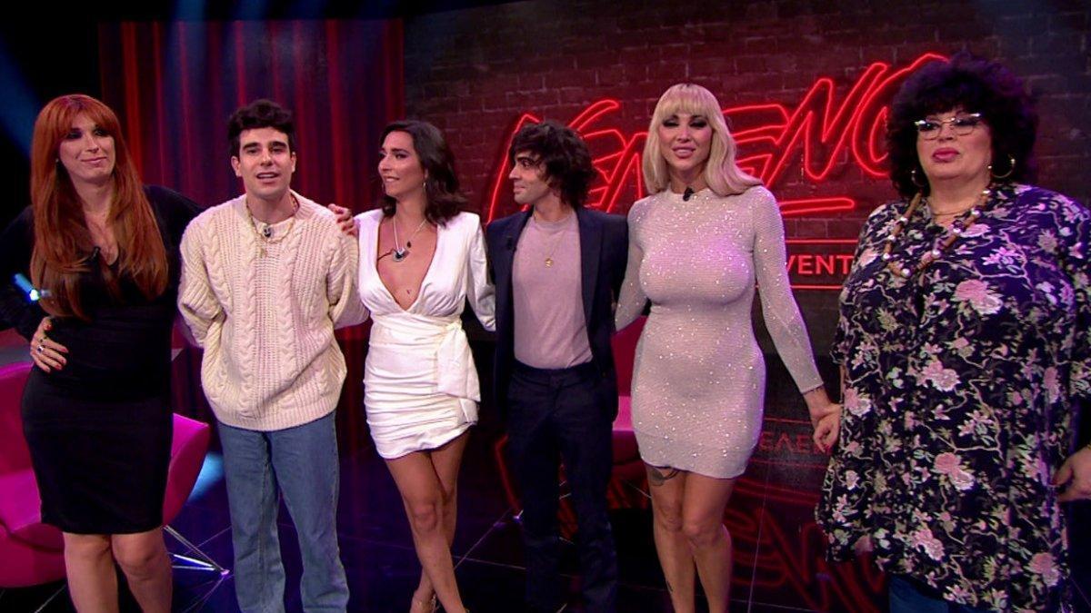 Valeria Vegas, los Javis, Lola Rodríguez, Daniela Santiago y Paca la Priraña en 'Evento! Veneno'.