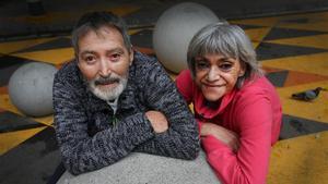 Francesc Solà y Mar Linares, dos personas que viven con el VIH.