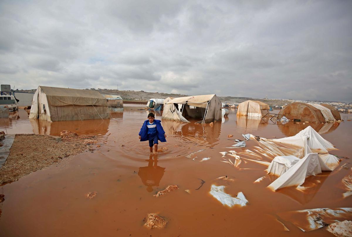 El campo de refugiados de Idleb tras las inundaciones.