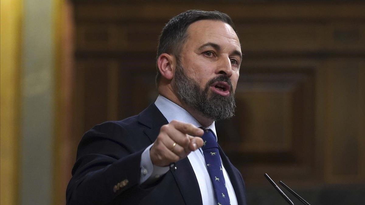 El líder de Vox, Santiago Abascal, en el primer día del debate de la investidura de Pedro Sánchezen enero