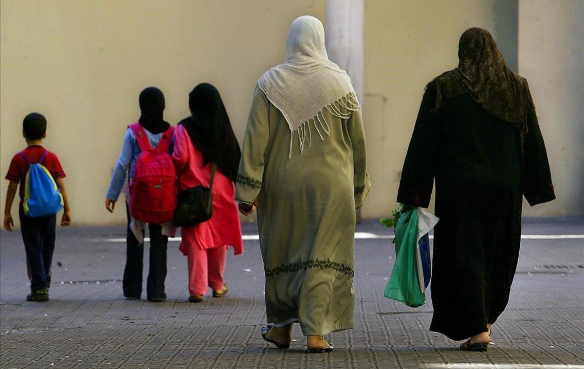 Mujeres con hiyab en Barcelona.