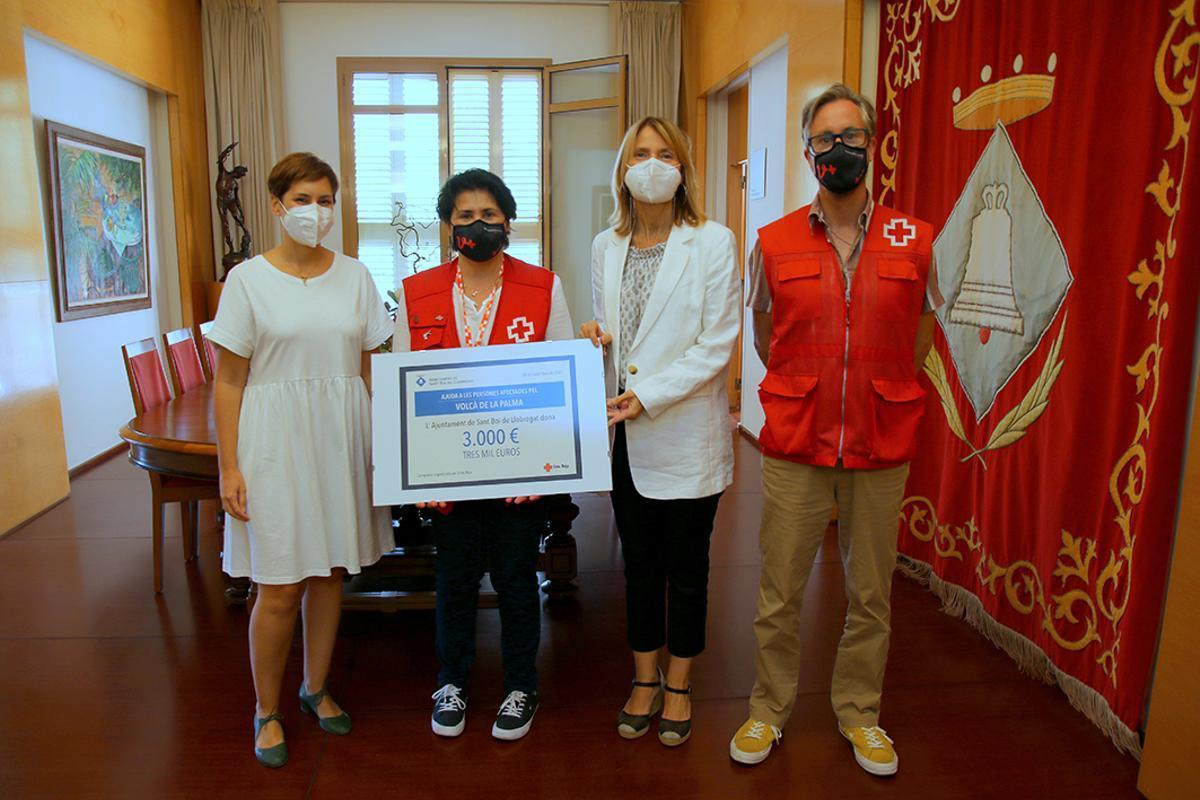Sant Boi entrega a Cruz Roja 3.000 euros para la campaña de ayuda a las personas afectadas por el volcán de La Palma