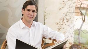 El músico David Sánchez, conocido artísticamente como David Azagra, hermano del líder del PSOE, Pedro Sánchez.