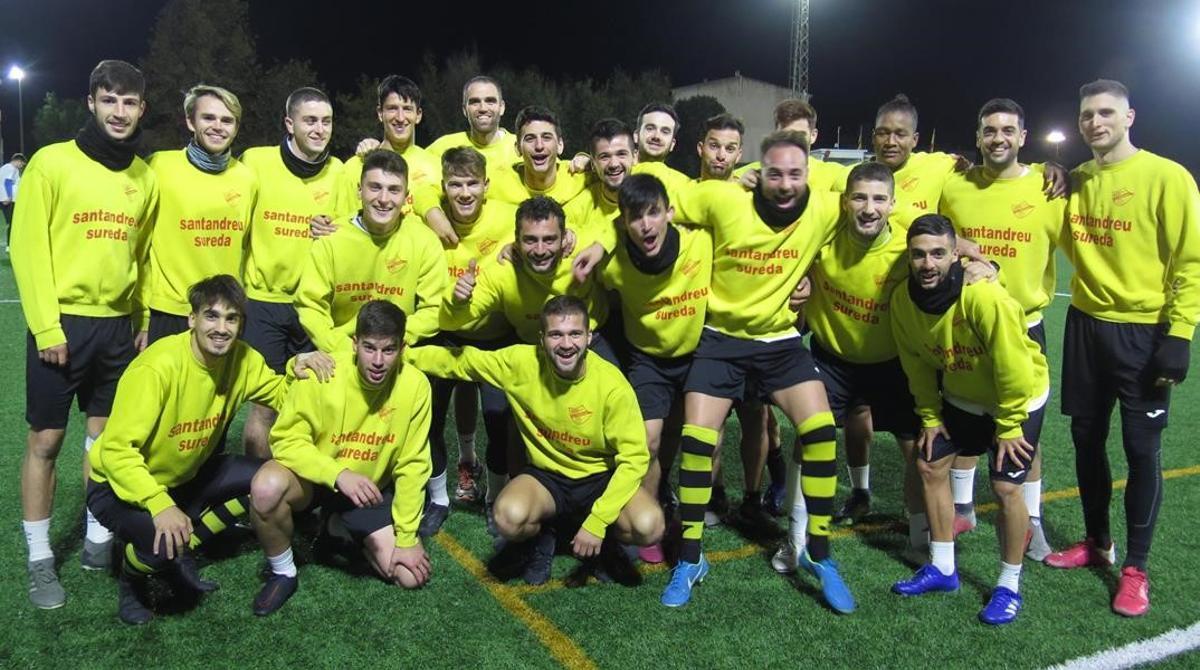 El equipo del Cardassar vive feliz los días previos a su choque copero con el Atlético de Madrid.