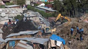 Almenys 46 morts en un corriment de terres en un abocador de la capital etíop