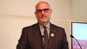 Eduard Pujol niega las acusaciones de acoso sexual y estudia acciones legales.