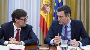 Pedro Sánchez y Salvador Illa, reunidos en la comisión de seguimiento del coronavirus.
