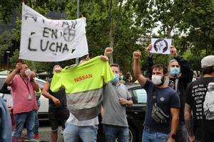 La falta de recanvi per a Nissan inquieta els treballadors, que amenacen amb noves protestes
