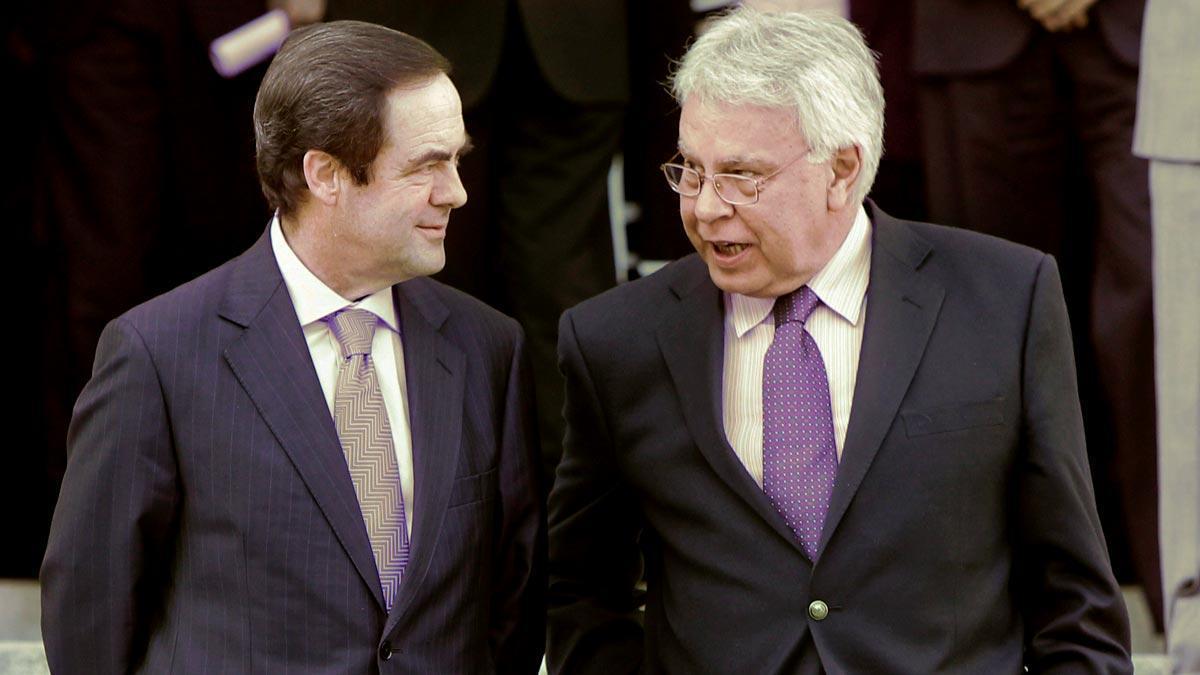 José Bono y Felipe González, en una imagen de archivo.