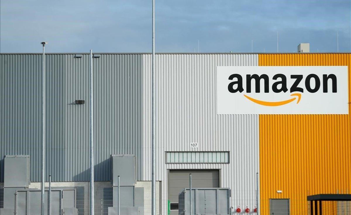 Centro logístico de Amazon en Dortmund, Alemania.