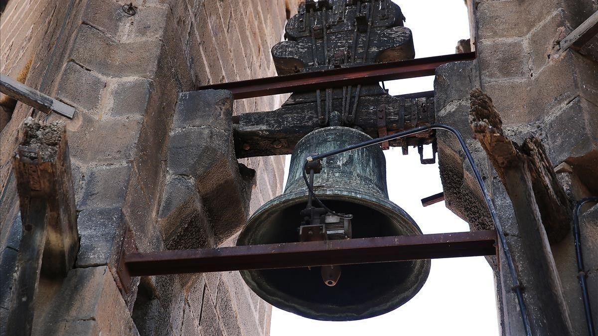 Les campanes d'una església de Banyoles deixen de sonar de nit per les queixes de pisos turístics