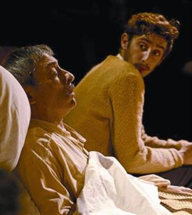 Padre e hijo 8 Boris Ruiz y Enric Auquer, en 'Natale in Casa Cupiello'.