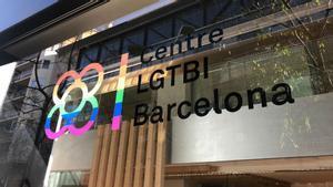 Una dona transsexual i la seva parella denuncien una brutal agressió dels seus veïns a Barcelona