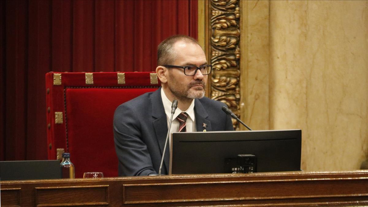El vicepresident primer de la Mesa  Josep Costa  durant el ple del Parlament l 1 de juliol de 2020 (Horitzontal) Bernat Vilaro ACN