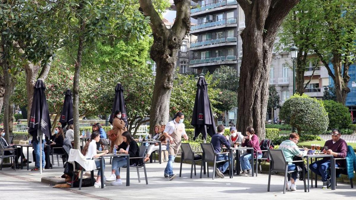Estos son los horarios de la restauración por comunidades: Catalunya, la más restrictiva
