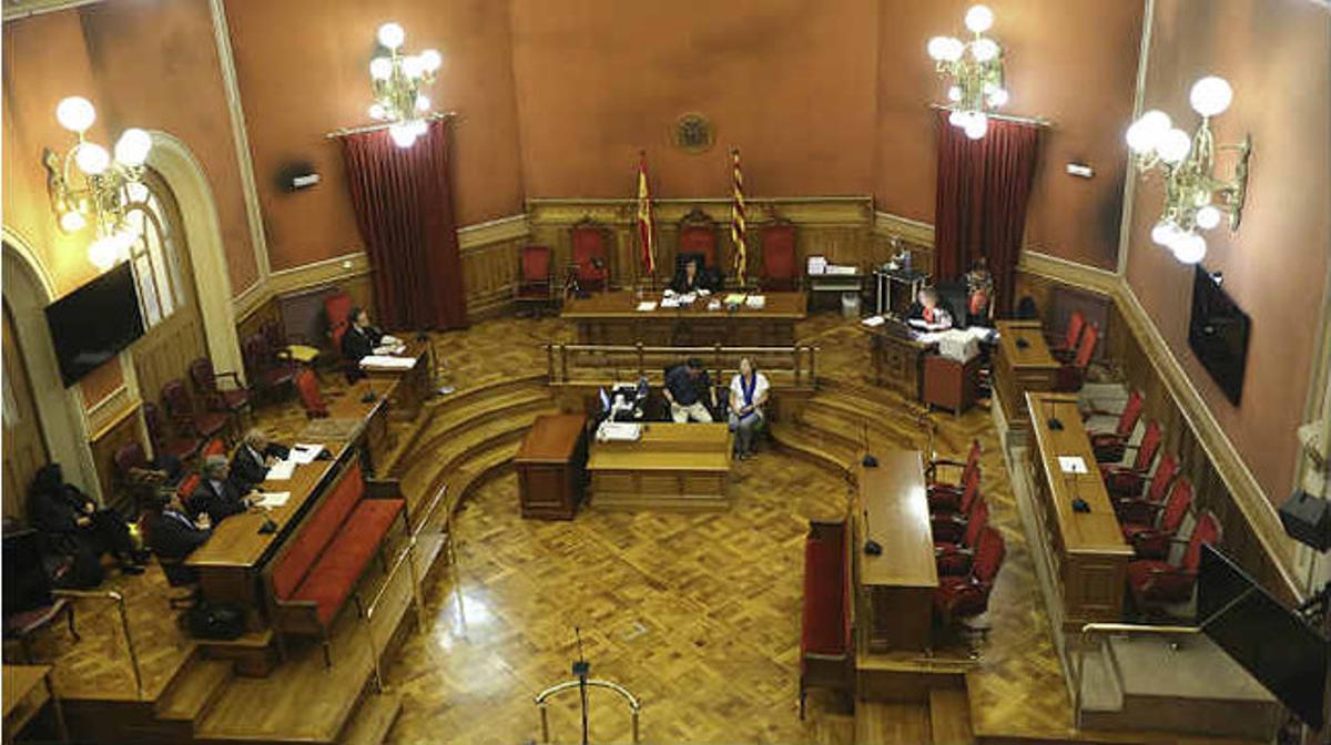 Juicio en la Sala del Jurado de la Audiencia de Barcelona.