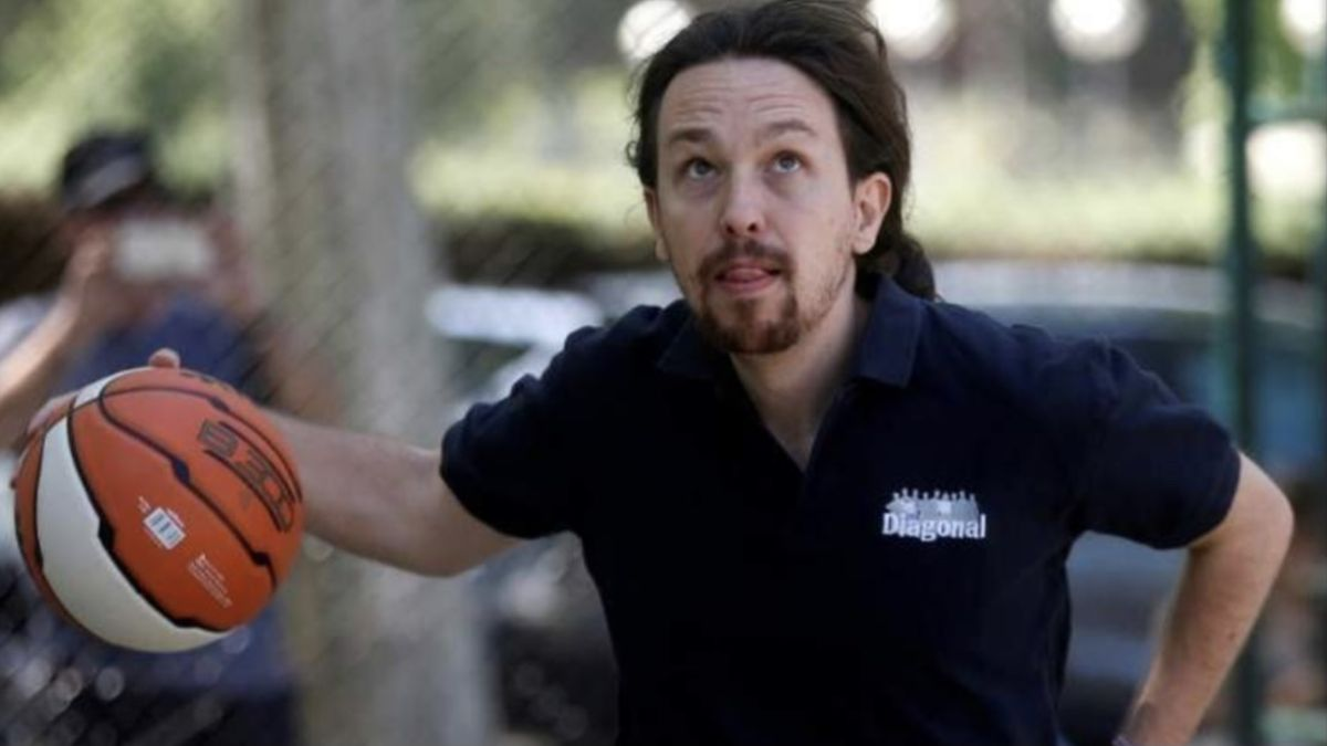Un diputado de Vox publica un montaje de Pablo Iglesias que entusiasma a Unidas Podemos