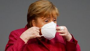 La cancillera alemana, Angela Merkel, este viernes, en una sesión sobre coronavirus en el Parlamento alemán.