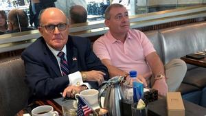 Rudy Giuliani y Lev Parnas, en septiembre del 2019 en un hotel de Washington.