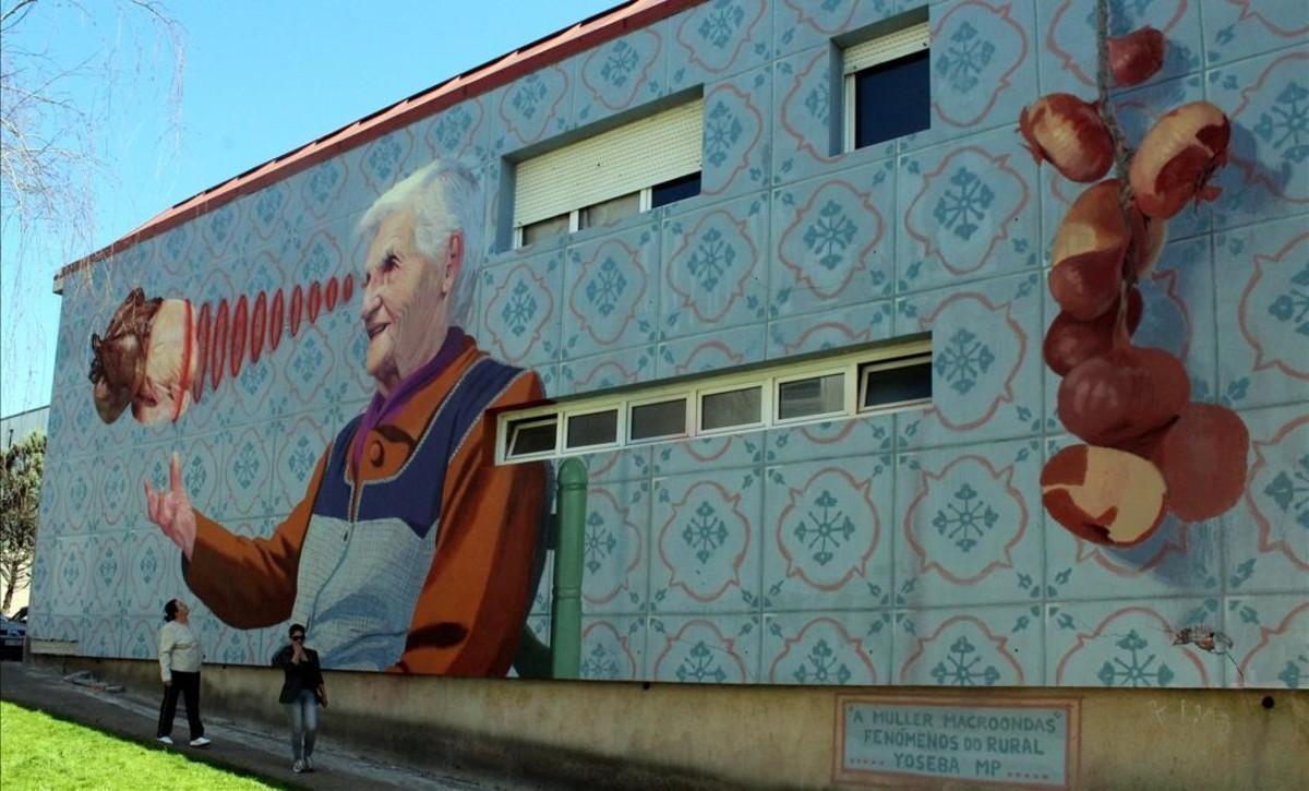 Les àvies gallegues s'enfilen per les parets