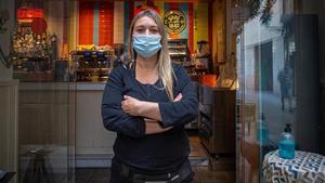 Romina Carrá, encargada del bar restaurante Menáge à Trois, en Ciutat Vella