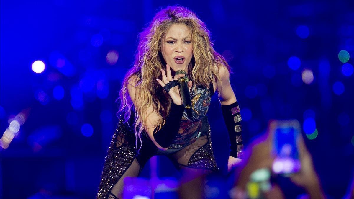 Shakira durante su actuaciónen el Palau Sant Jordi.