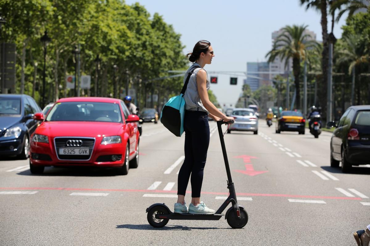 L'Hospitalet impone 1.003 sanciones a conductores de patinetes eléctricos este 2021