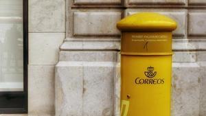 Correus incorpora 825 nous empleats fixos a Catalunya
