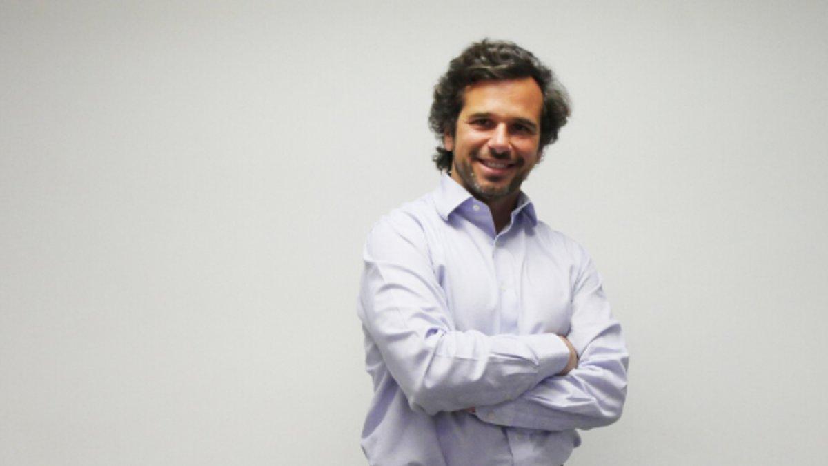 """Juan Riva: """"Tenemos un prisma heredado de que el programador es un friki"""""""