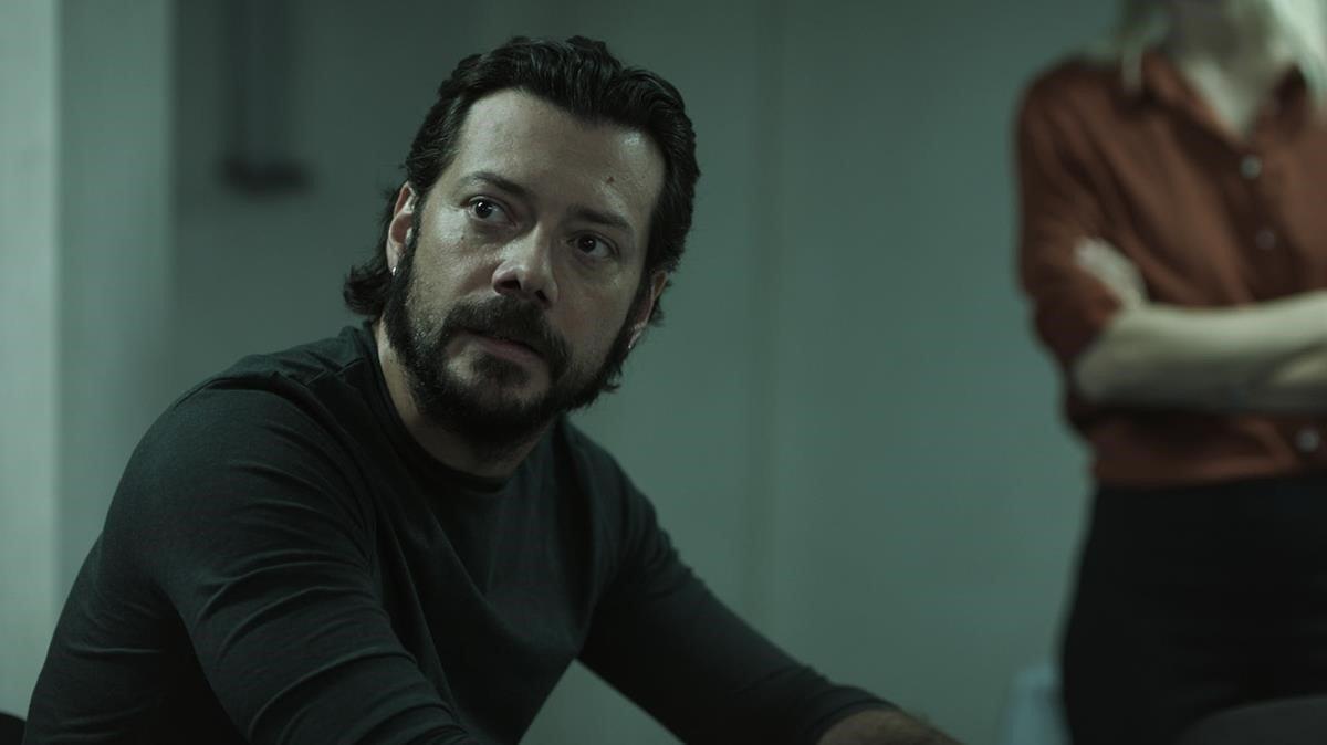 El actor Álvaro Morte, en 'The head', de Orange TV.