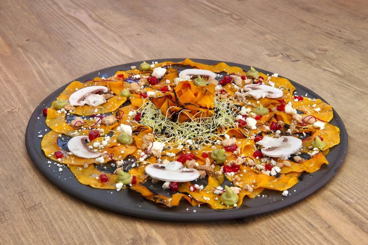 El carpaccio de calabaza de Yalel Kiaora,chef del restaurante Ethniko.