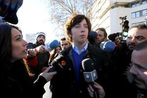 El 'pequeño Nicolás', a la salida de los juzgados de la plaza de Castilla de Madrid, el pasado diciembre.