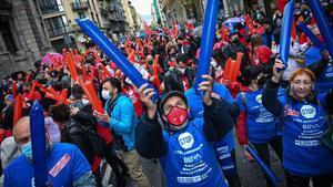 Manifestación del 1 de mayo en la Vía Laietana de Barcelona.