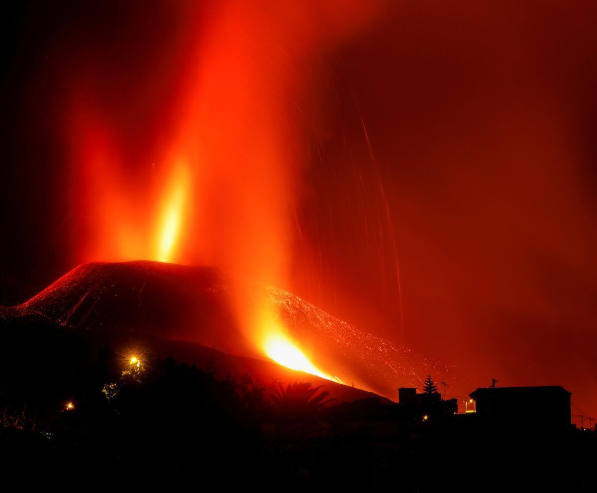 El volcán de La Palma ya lleva una semana en erupción.
