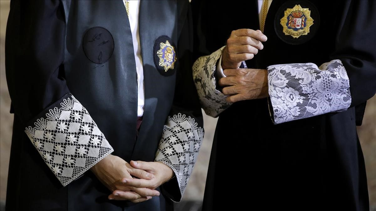Dos jueces en una foto de archivo.