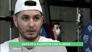 La curiosa aparición de Omar Montes en 'Antena 3 Deportes' recordando su pasado como boxeador