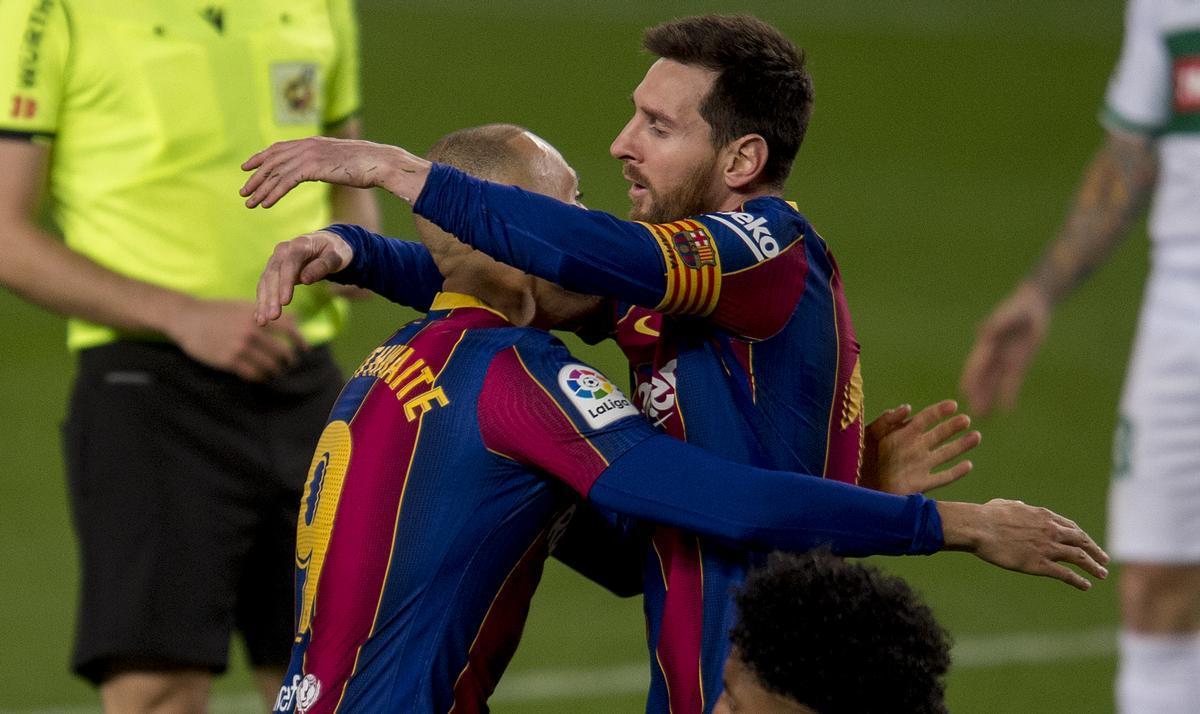 Messi celebra su primer gol.