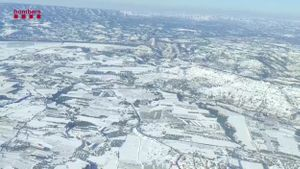 La neu deixa pas al glaç i augmenta el risc d'accidents de trànsit