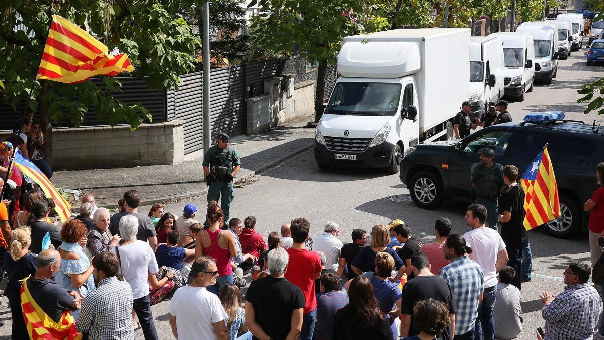 La Guardia Civil se incauta en Bigues i Riells de casi10 millones de papeletas para votar en el referéndum del 1-O.