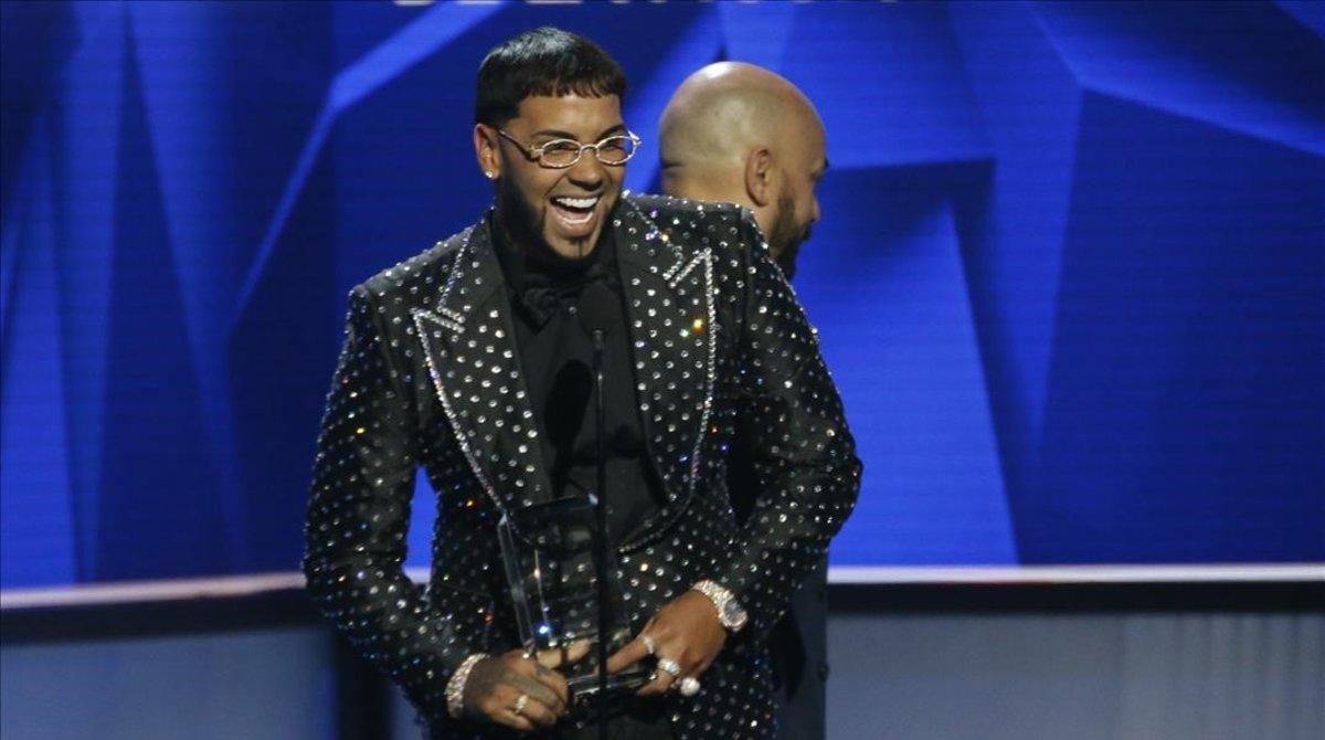 Anuel recibió el premio al Nuevo Artista del año en losBillboard Latin Music Awardsel año pasado.