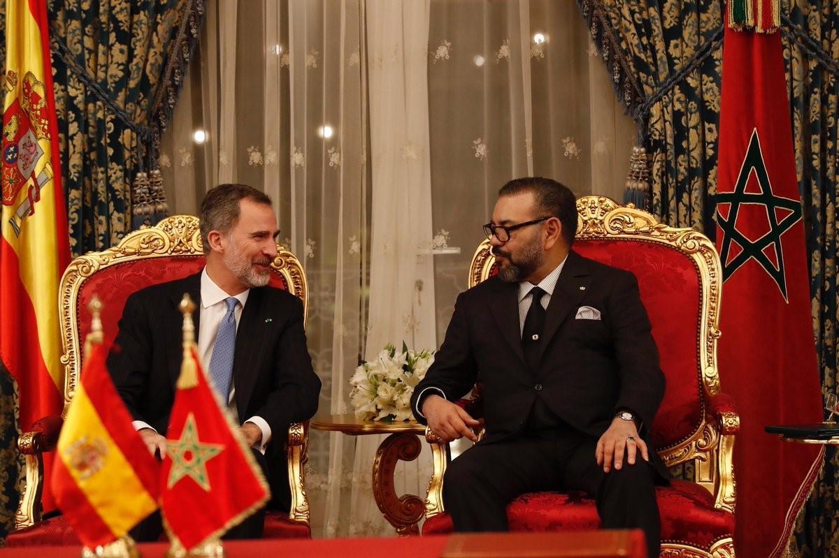 El rey de España, Felipe VI, y el de Marruecos, Mohamed VI, en una imagen de archivo.