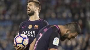 Piqué, sancionado, no viajará a Málaga.
