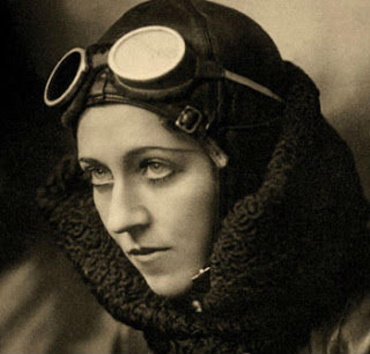Amy Johnson, pionera de la aviación y piloto durante la segunda guerra mundial.