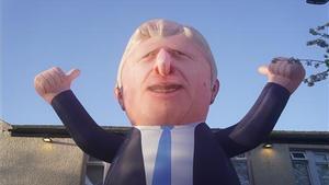 Un globo gigante de Boris Johnson en las calles de Hartlepool.