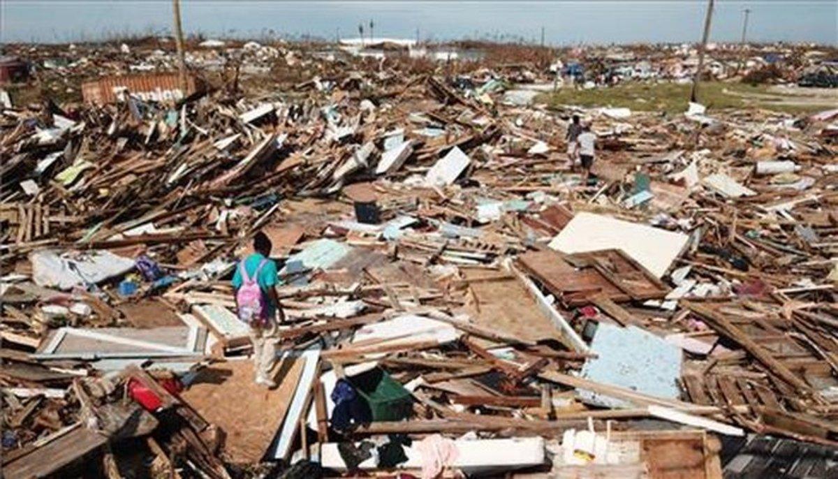 Destrucción en Bahamas por el paso del huracán Dorian.